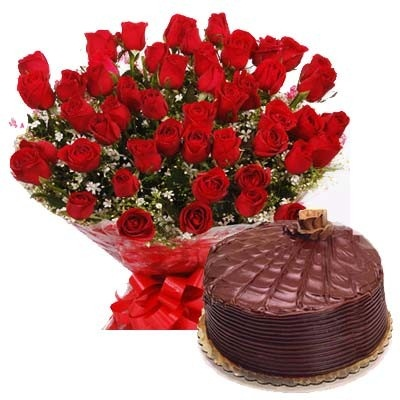 40 Red Roses With Cake